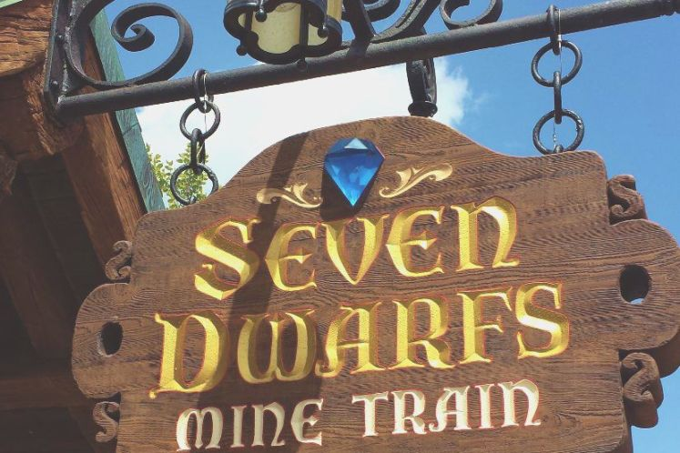 Seven-Dwarfs-Mine-Train-Sign